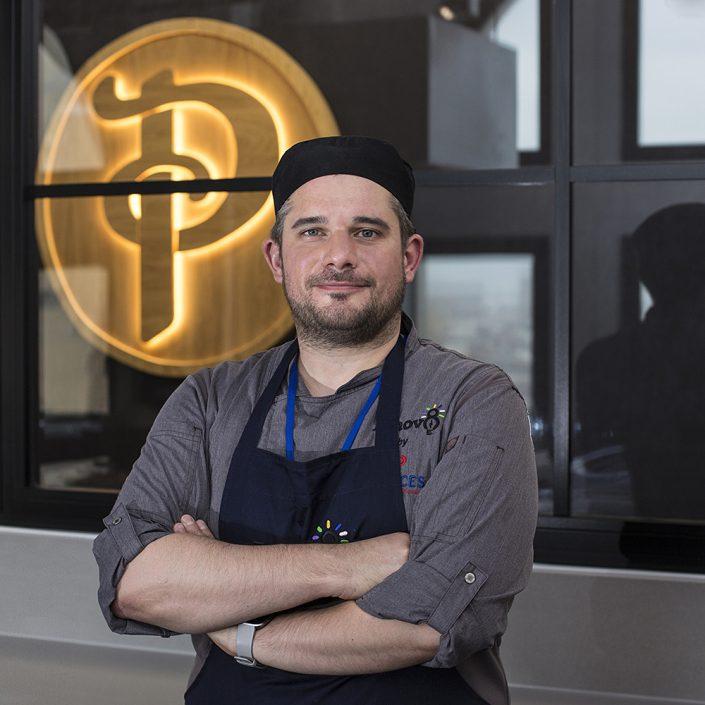 chef portrait, corporate portrait, commerical photographer, chef in kitchen